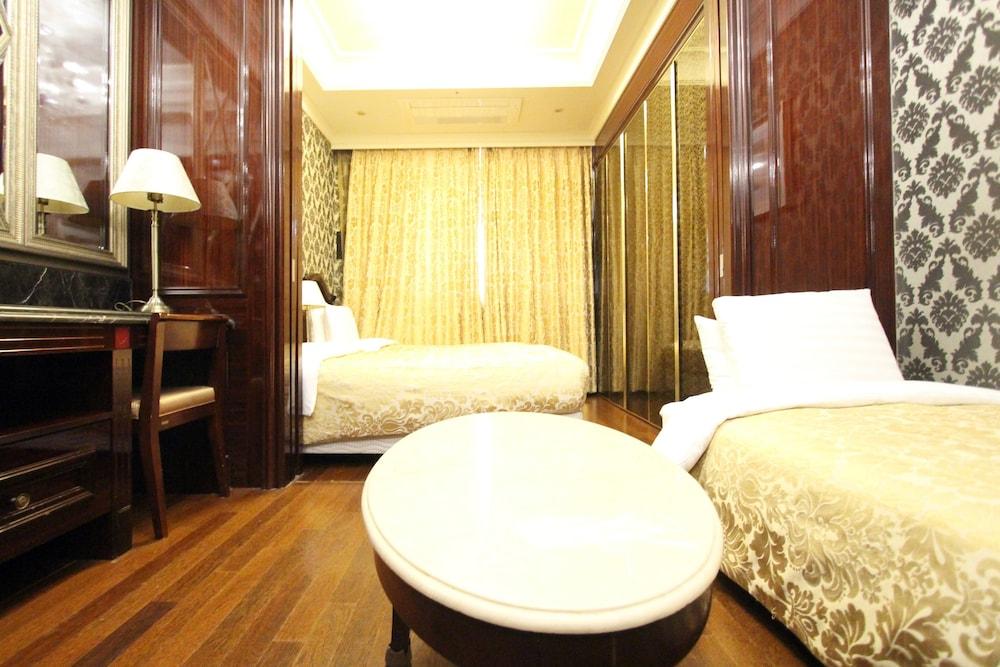 호텔 아르누보 서초(Hotel Artnouveau Seocho) Hotel Image 36 - Living Area