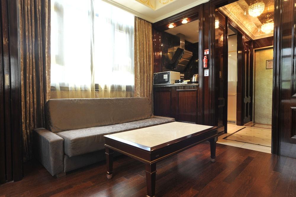 호텔 아르누보 서초(Hotel Artnouveau Seocho) Hotel Image 34 - Living Area