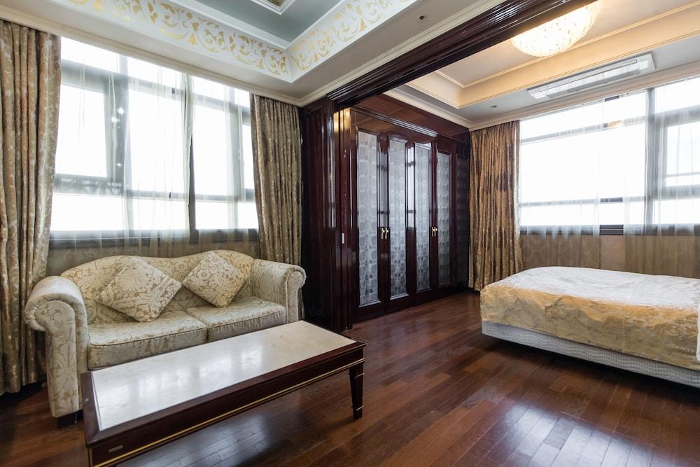호텔 아르누보 서초(Hotel Artnouveau Seocho) Hotel Image 16 - Guestroom