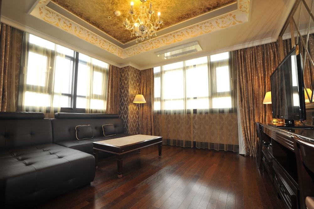 호텔 아르누보 서초(Hotel Artnouveau Seocho) Hotel Image 33 - Living Area