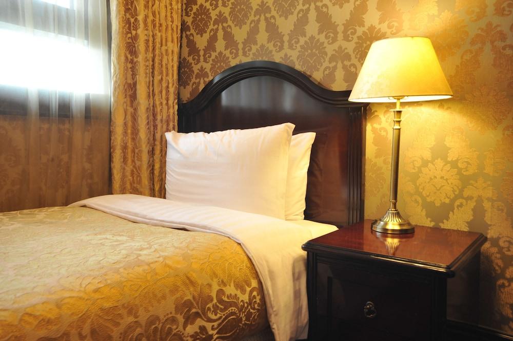 호텔 아르누보 서초(Hotel Artnouveau Seocho) Hotel Image 12 - Guestroom