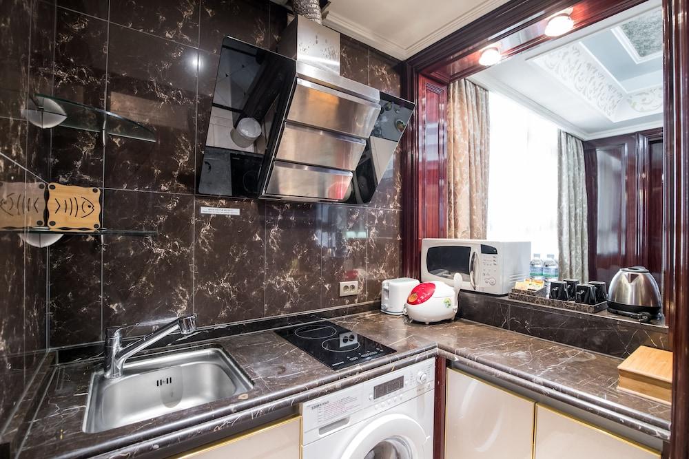 호텔 아르누보 서초(Hotel Artnouveau Seocho) Hotel Image 30 - In-Room Kitchen
