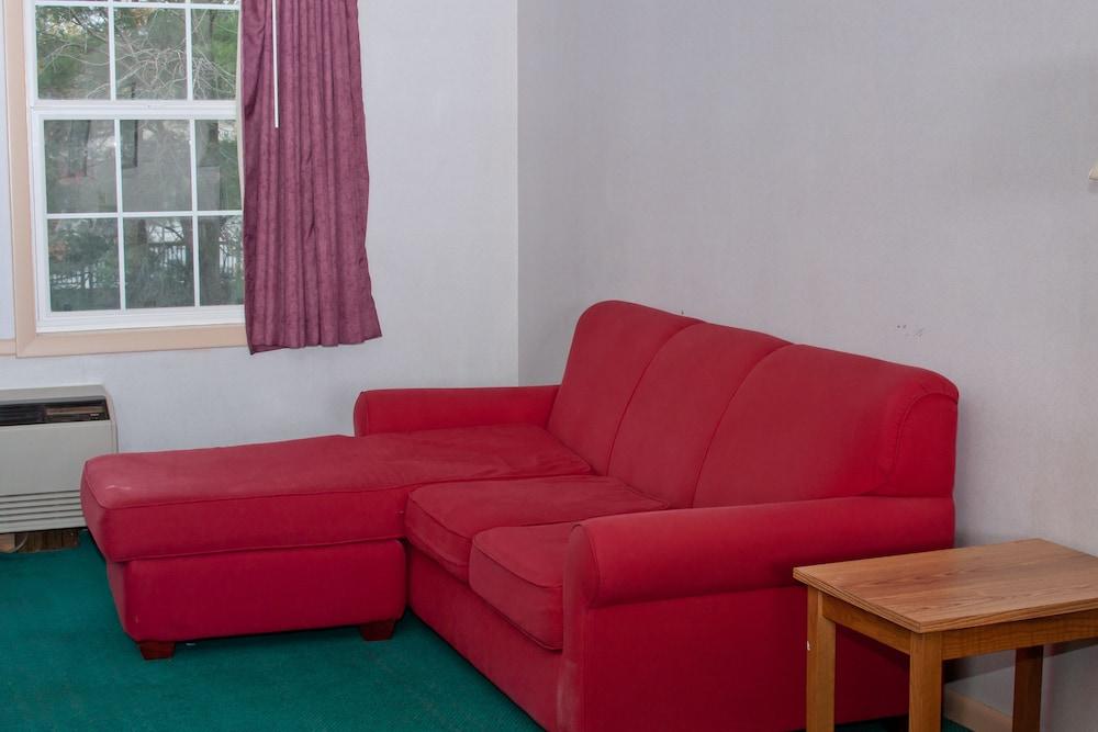앵커리지 인(Anchorage Inn) Hotel Image 27 - Living Area