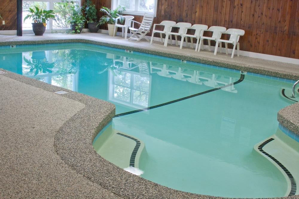 앵커리지 인(Anchorage Inn) Hotel Image 18 - Indoor Pool