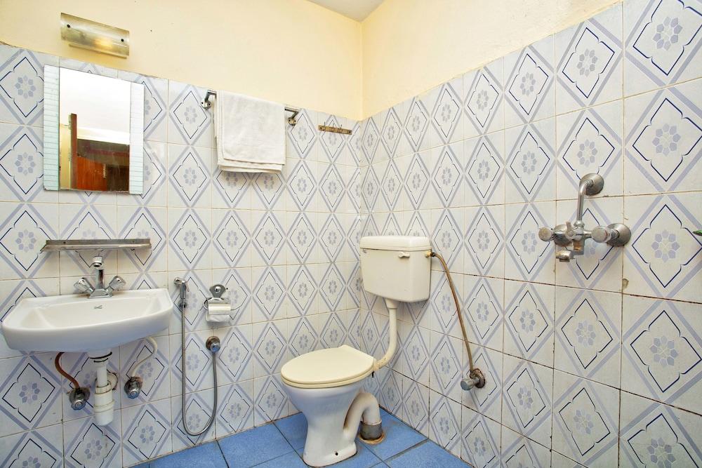 호텔 그랜드 홀리데이(Hotel Grand Holiday) Hotel Image 111 - Bathroom