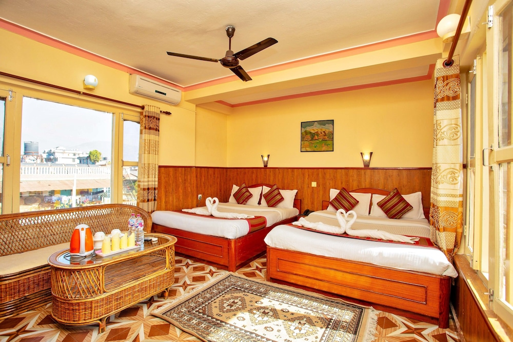 호텔 그랜드 홀리데이(Hotel Grand Holiday) Hotel Image 91 - Guestroom