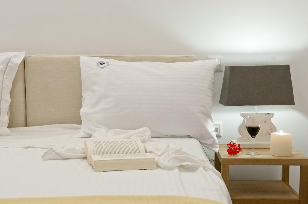 썬 아네모스 리조트(Sun Anemos Resort) Hotel Image 9 - Guestroom