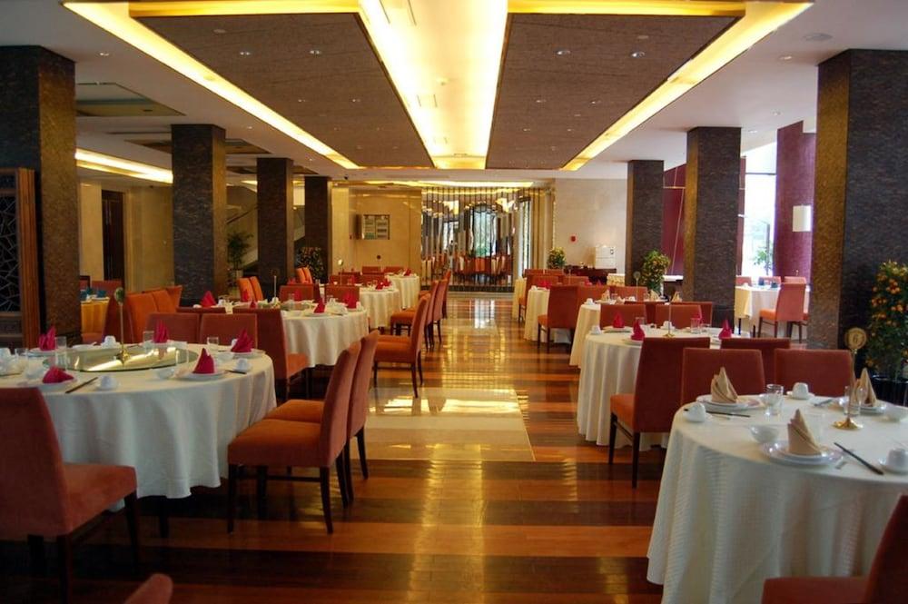 가든 호텔(Garden Hotel) Hotel Image 34 - Breakfast buffet