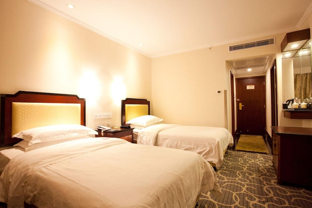 가든 호텔(Garden Hotel) Hotel Image 11 - Guestroom