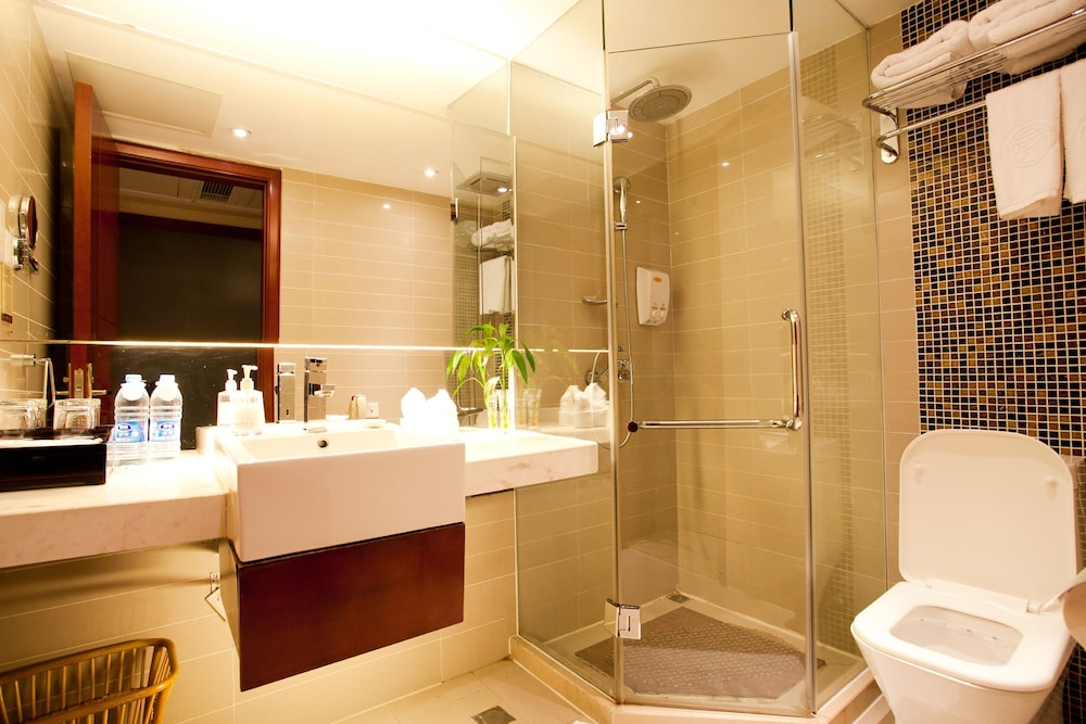 가든 호텔(Garden Hotel) Hotel Image 28 - Bathroom