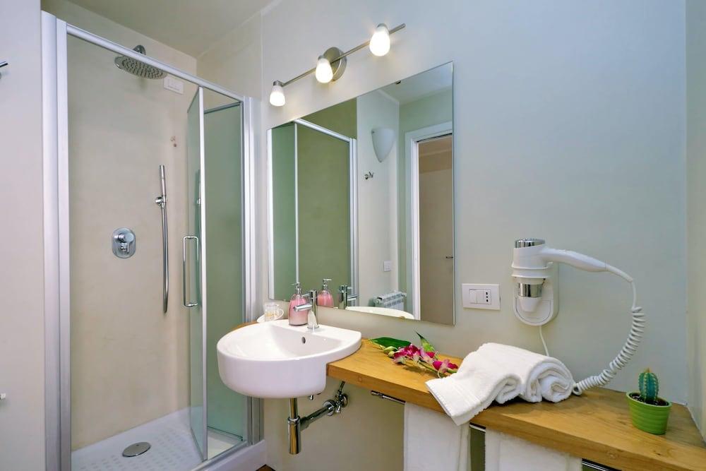 아마란토 로마노(Amaranto Romano) Hotel Image 49 - Bathroom