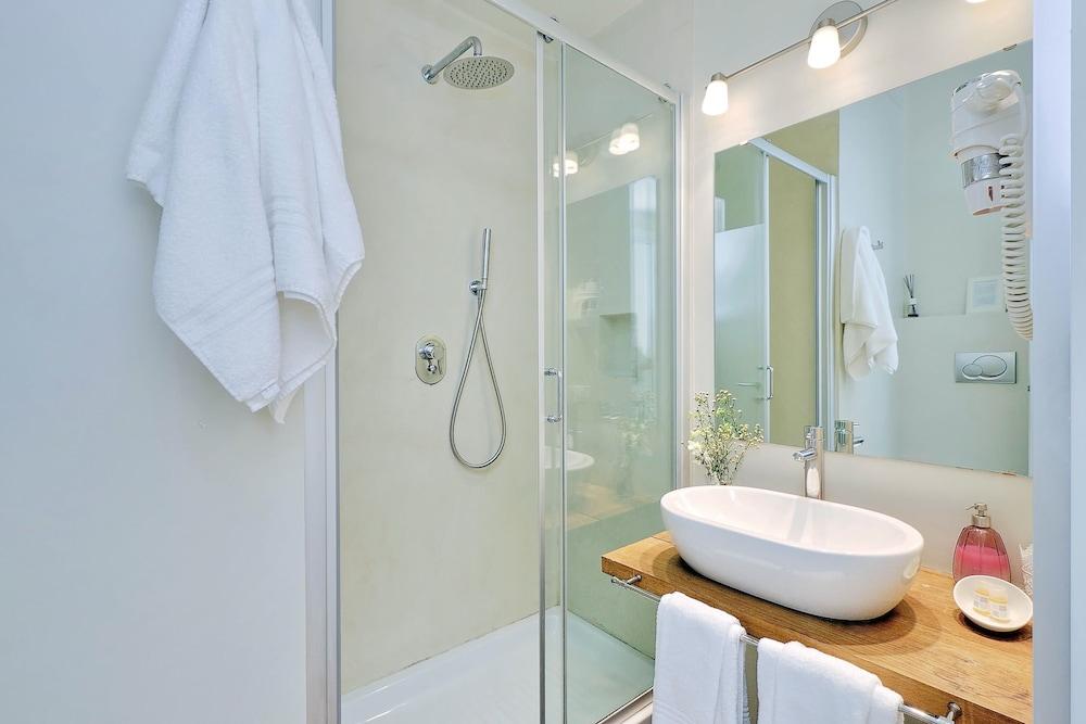 아마란토 로마노(Amaranto Romano) Hotel Image 50 - Bathroom