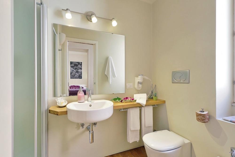 아마란토 로마노(Amaranto Romano) Hotel Image 52 - Bathroom