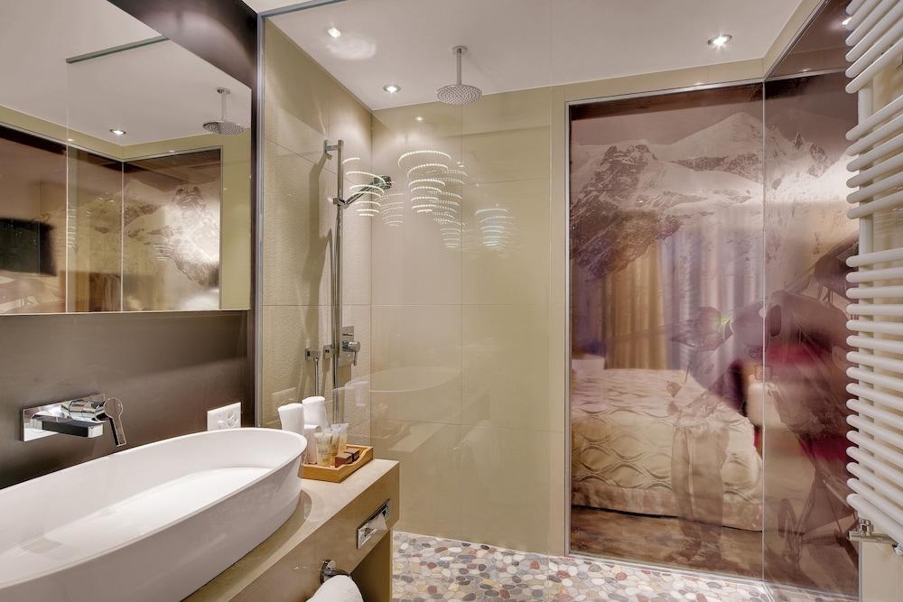 지아르디노 마운틴(Giardino Mountain) Hotel Image 19 - Bathroom