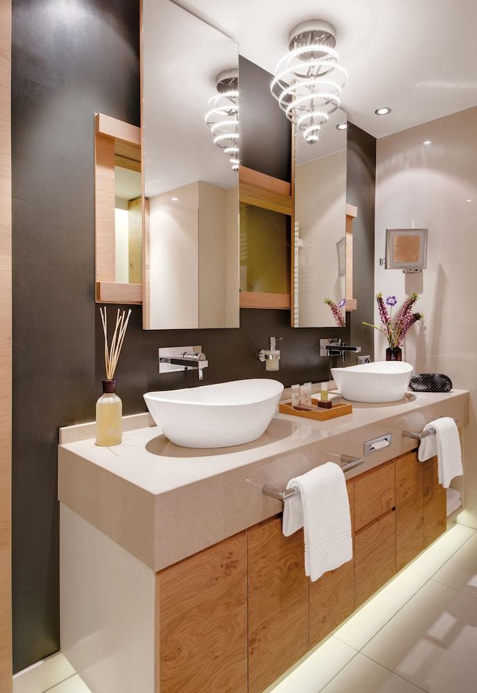 지아르디노 마운틴(Giardino Mountain) Hotel Image 20 - Bathroom