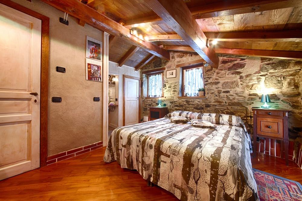 문타 에 카라 알베르고 디푸소(Munta e Cara Albergo Diffuso) Hotel Image 9 - Guestroom