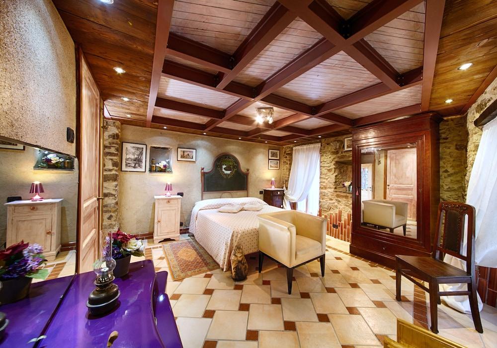 문타 에 카라 알베르고 디푸소(Munta e Cara Albergo Diffuso) Hotel Image 23 - Guestroom