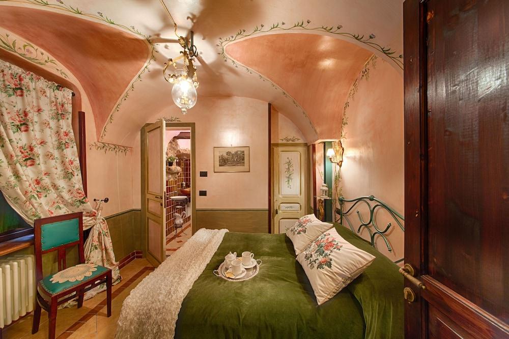 문타 에 카라 알베르고 디푸소(Munta e Cara Albergo Diffuso) Hotel Image 8 - Guestroom