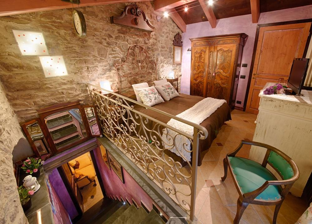 문타 에 카라 알베르고 디푸소(Munta e Cara Albergo Diffuso) Hotel Image 7 - Guestroom