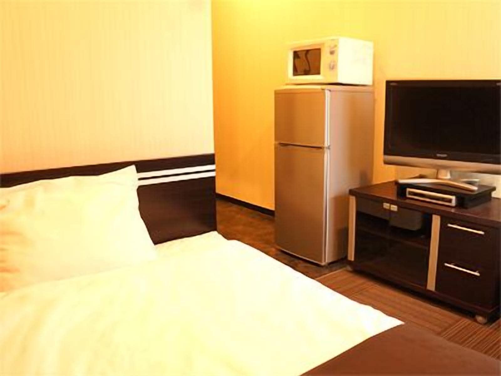 HOTEL LiVEMAX Esaka, Suita