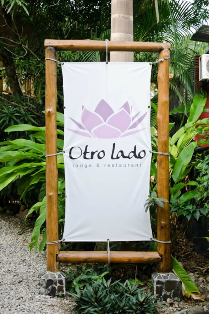 오트로 라도 로지 & 레스토랑(Otro Lado Lodge and Restaurant) Hotel Image 34 - Hotel Entrance