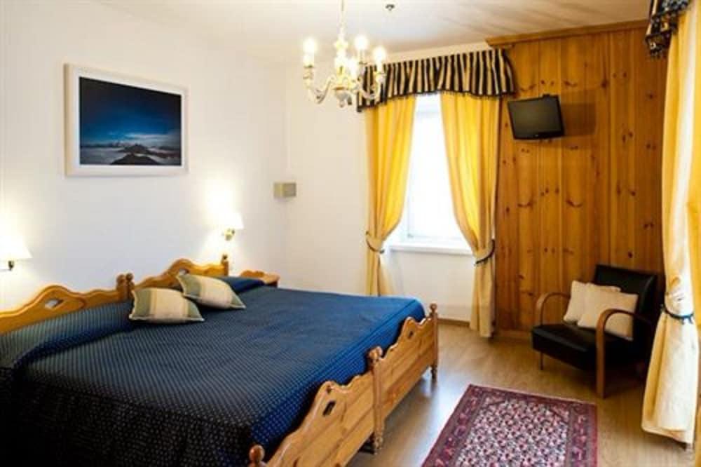 아퀼라(Aquila) Hotel Image 4 - Guestroom