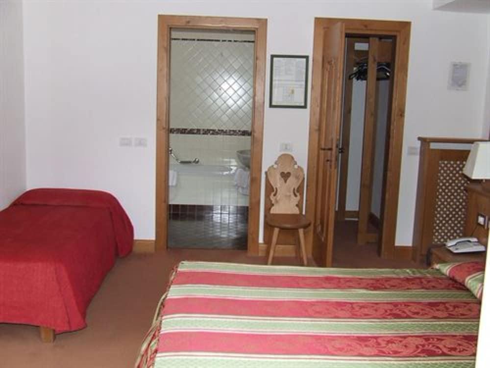 아퀼라(Aquila) Hotel Image 8 - Guestroom