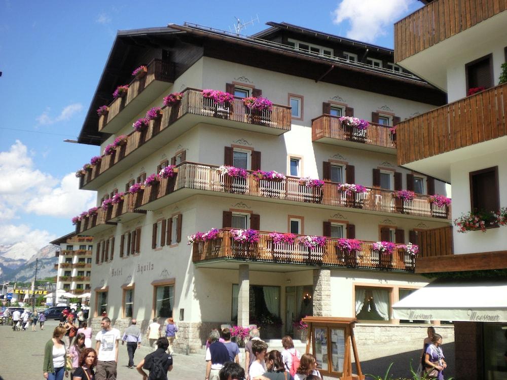 아퀼라(Aquila) Hotel Image 0 - Featured Image