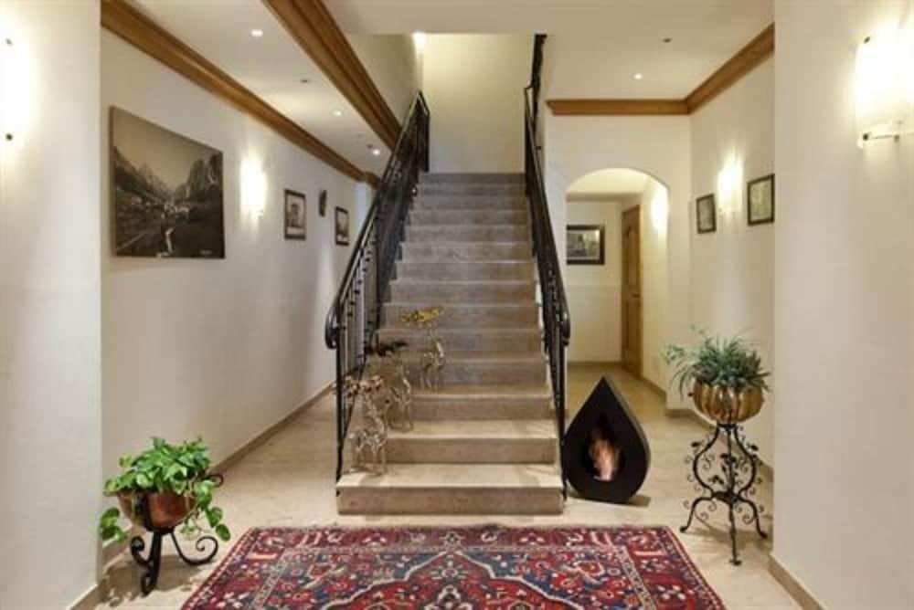 아퀼라(Aquila) Hotel Image 17 - Staircase