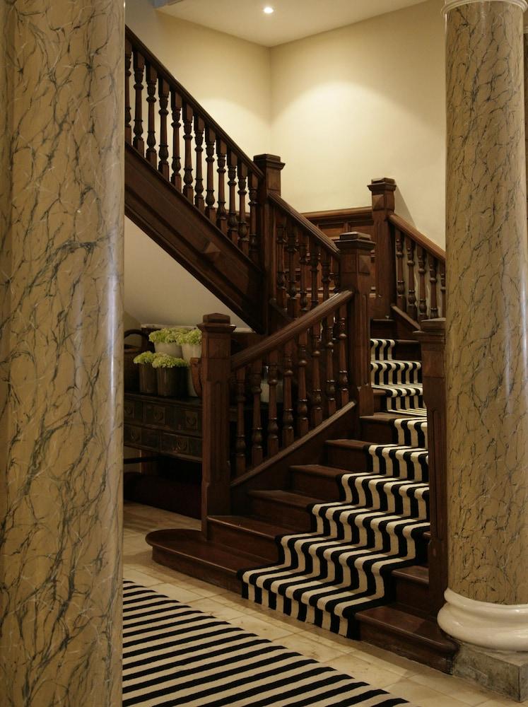 파라다이스 로드 틴터글 콜롬보(Paradise Road Tintagel Colombo) Hotel Image 60 - Staircase