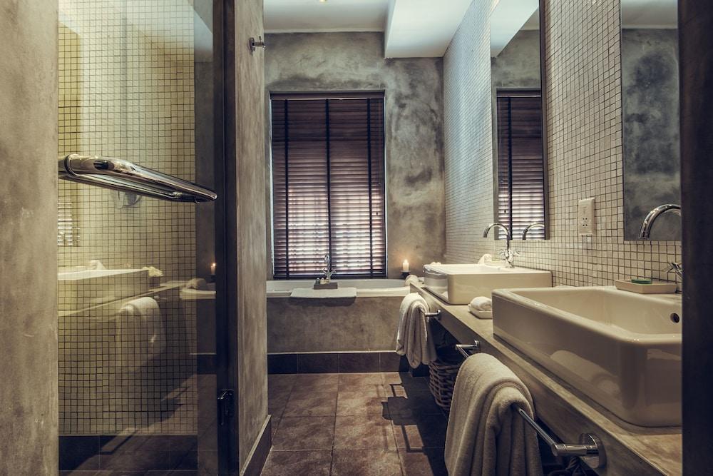 파라다이스 로드 틴터글 콜롬보(Paradise Road Tintagel Colombo) Hotel Image 33 - Bathroom
