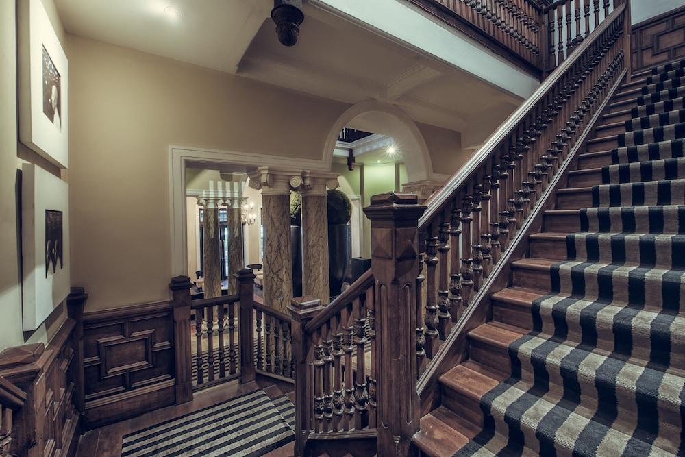 파라다이스 로드 틴터글 콜롬보(Paradise Road Tintagel Colombo) Hotel Image 61 - Staircase