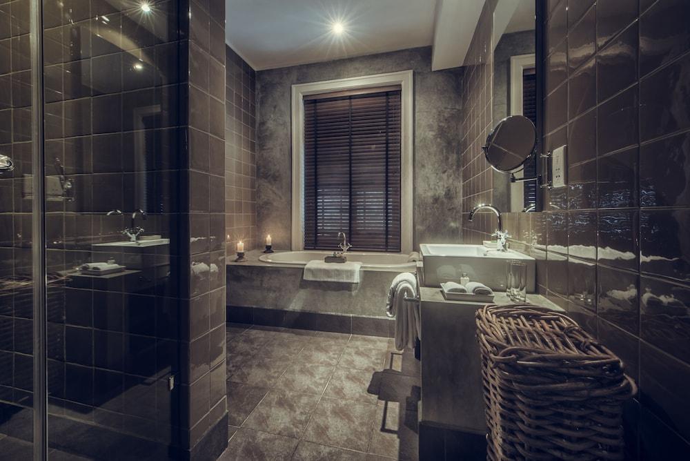 파라다이스 로드 틴터글 콜롬보(Paradise Road Tintagel Colombo) Hotel Image 41 - Bathroom