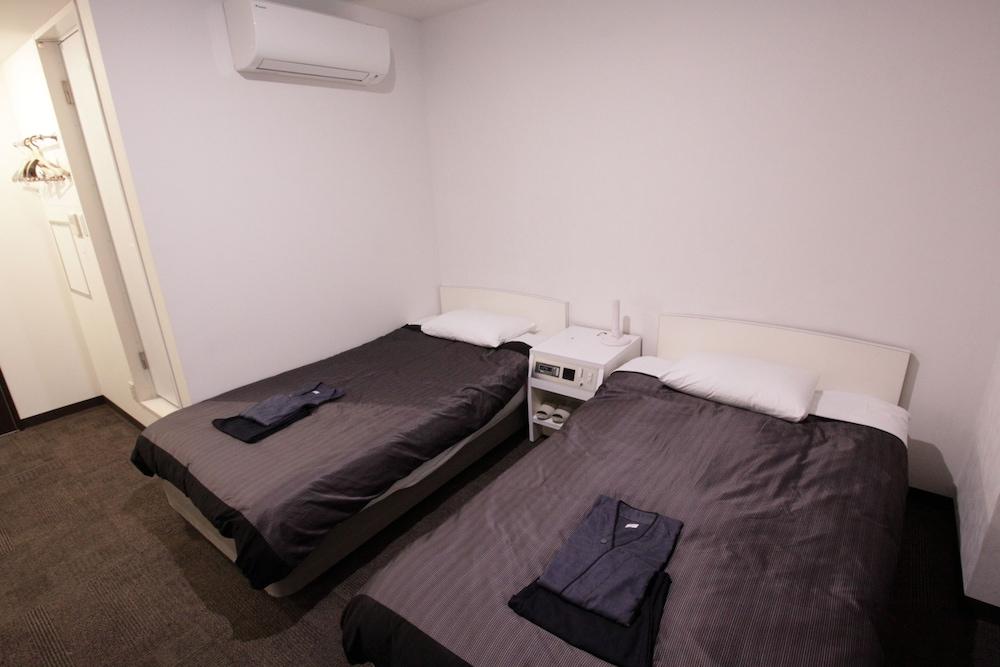 타카마수 센추리 호텔(Takamatsu Century Hotel) Hotel Image 3 - Guestroom