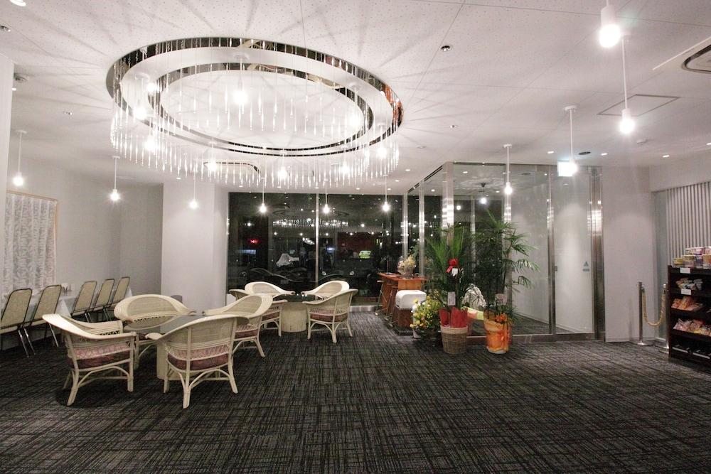 타카마수 센추리 호텔(Takamatsu Century Hotel) Hotel Image 0 - Lobby