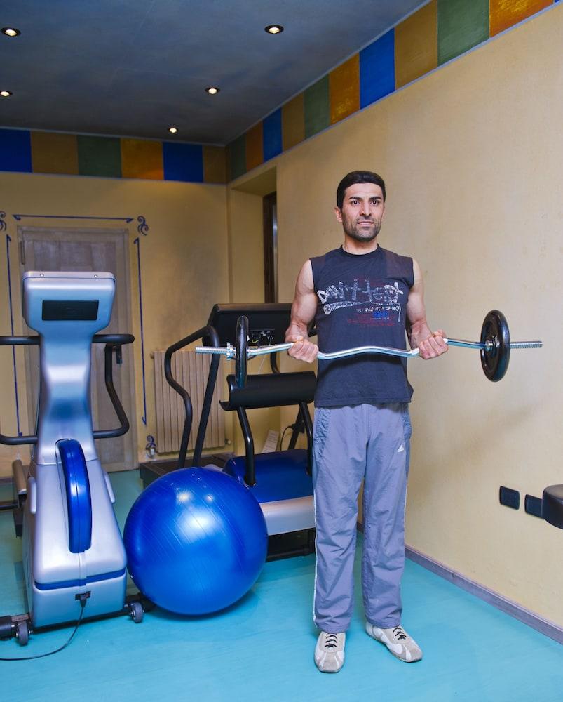 호텔 갈리(Hotel Galli) Hotel Image 39 - Gym