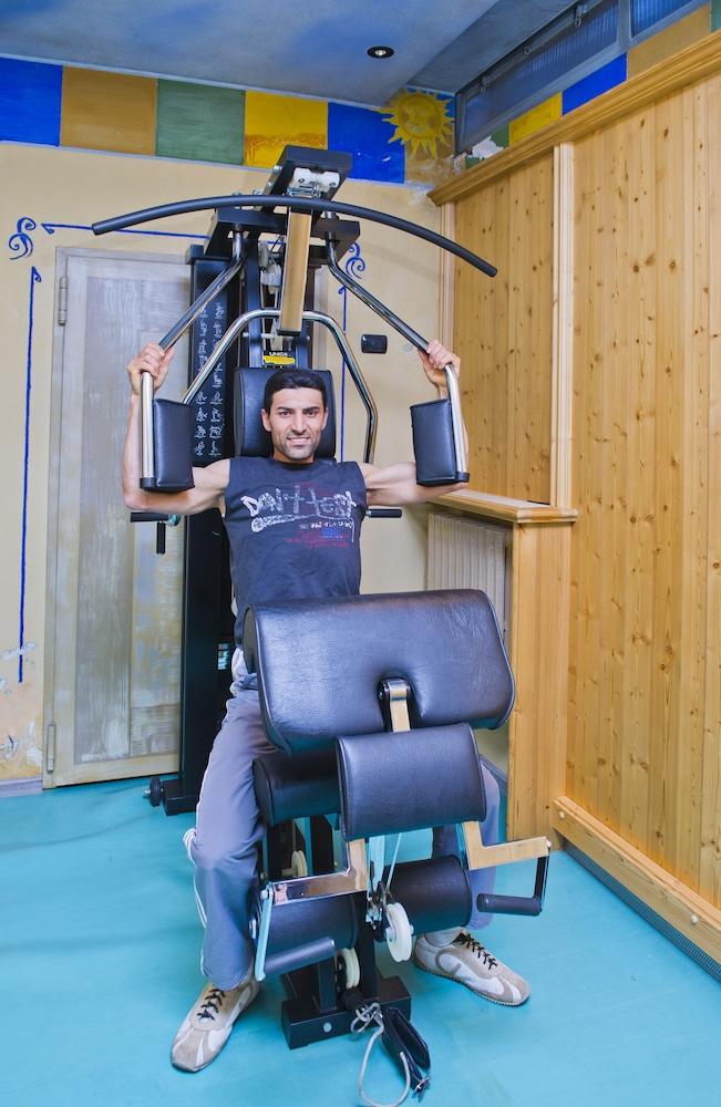 호텔 갈리(Hotel Galli) Hotel Image 51 - Sports Facility