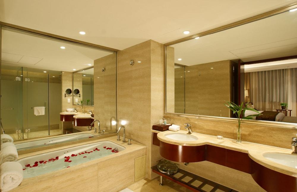 항저우 소피아 호텔(Hangzhou Sophia Hotel) Hotel Image 6 - Bathroom