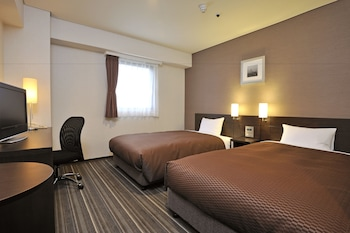 Twin Room, Smoking (19m²,110cm-Wide Beds)