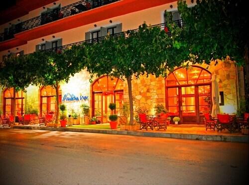 Arahova Inn, Central Greece