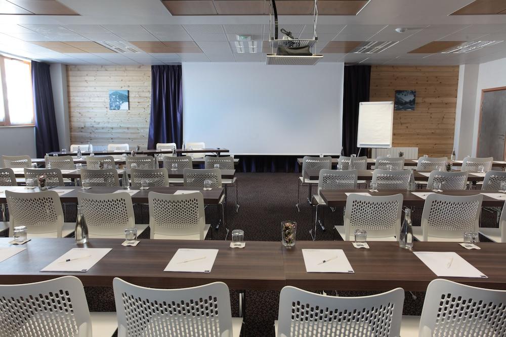 레지던스 르 샬렛 두 몽 발론(Residence Le Chalet du Mont Vallon) Hotel Image 50 - Meeting Facility