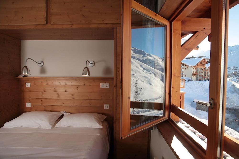 레지던스 르 샬렛 두 몽 발론(Residence Le Chalet du Mont Vallon) Hotel Image 17 - Guestroom View