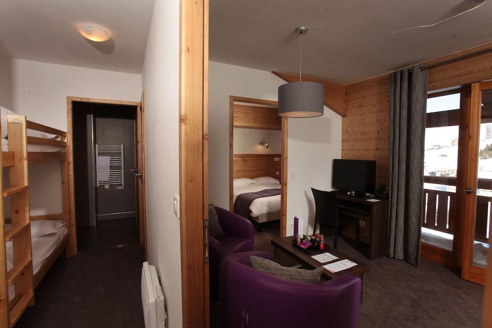 레지던스 르 샬렛 두 몽 발론(Residence Le Chalet du Mont Vallon) Hotel Image 8 - Guestroom