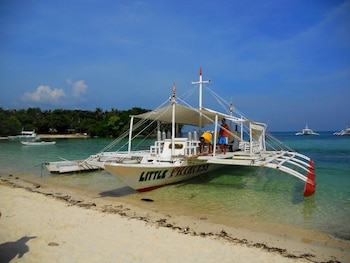Slam's Garden Resort Malapascua Boating