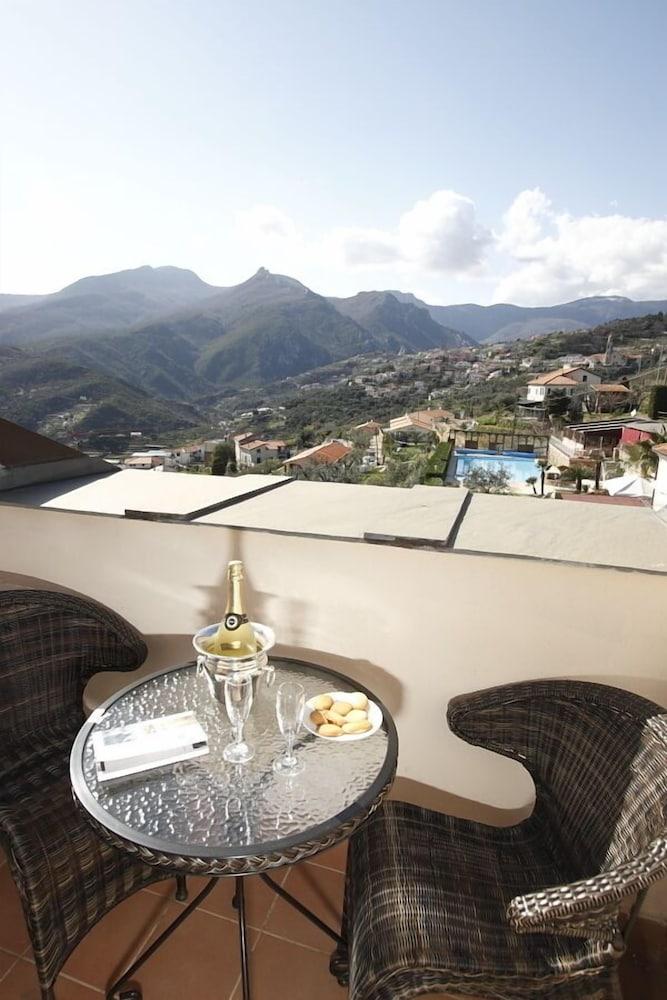 를레 일 카살레(Relais Il Casale) Hotel Image 18 - Guestroom View