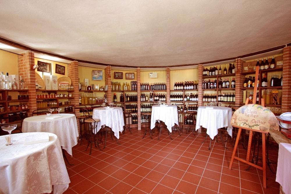 를레 일 카살레(Relais Il Casale) Hotel Image 44 - Restaurant