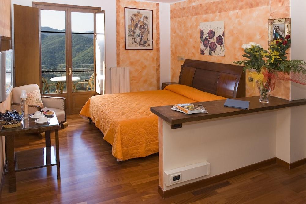 를레 일 카살레(Relais Il Casale) Hotel Image 3 - Guestroom