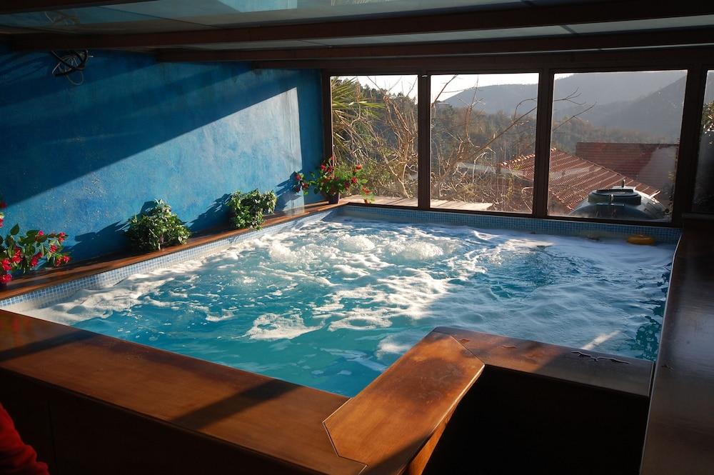 를레 일 카살레(Relais Il Casale) Hotel Image 30 - Indoor Spa Tub