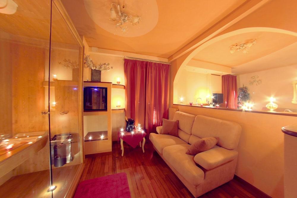 를레 일 카살레(Relais Il Casale) Hotel Image 10 - Guestroom