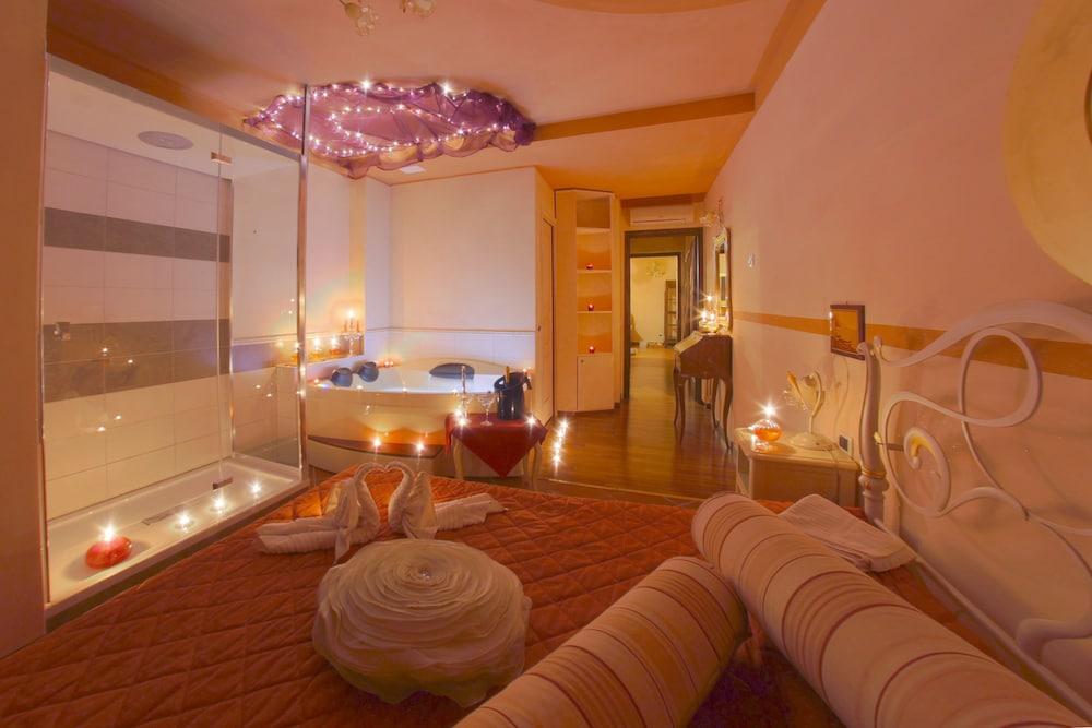 를레 일 카살레(Relais Il Casale) Hotel Image 71 - Spa